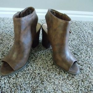 BRASH High Heel Peep Toe Shootie Shoes